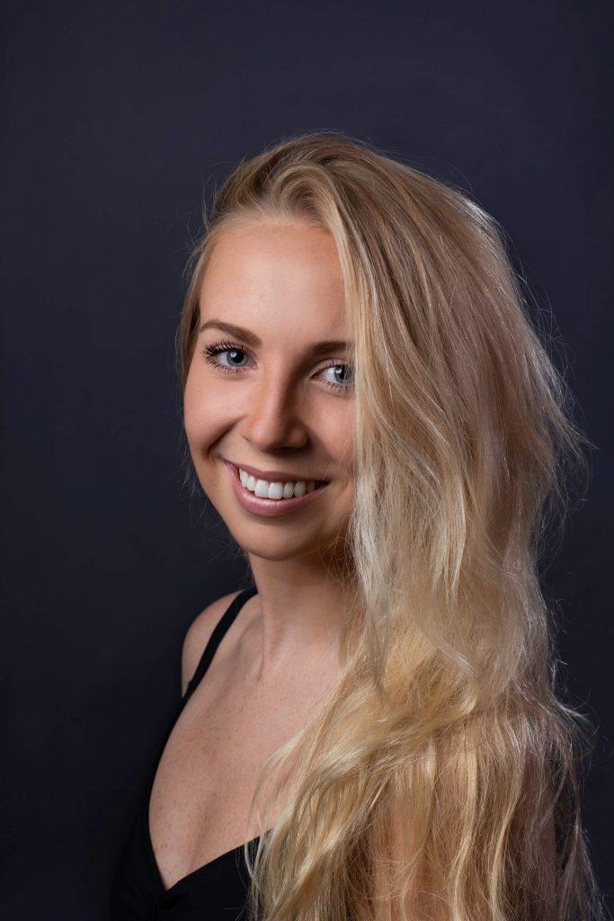 Sophie Robertson headshot